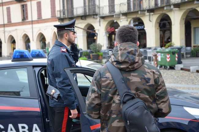 carabinieri vercelli piazza